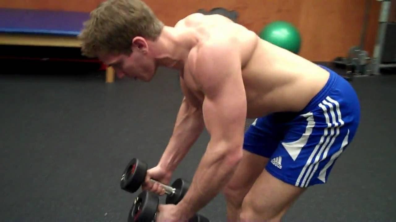 Ejercicios para hombro:Vuelos posteriores de hombro con mancuerna