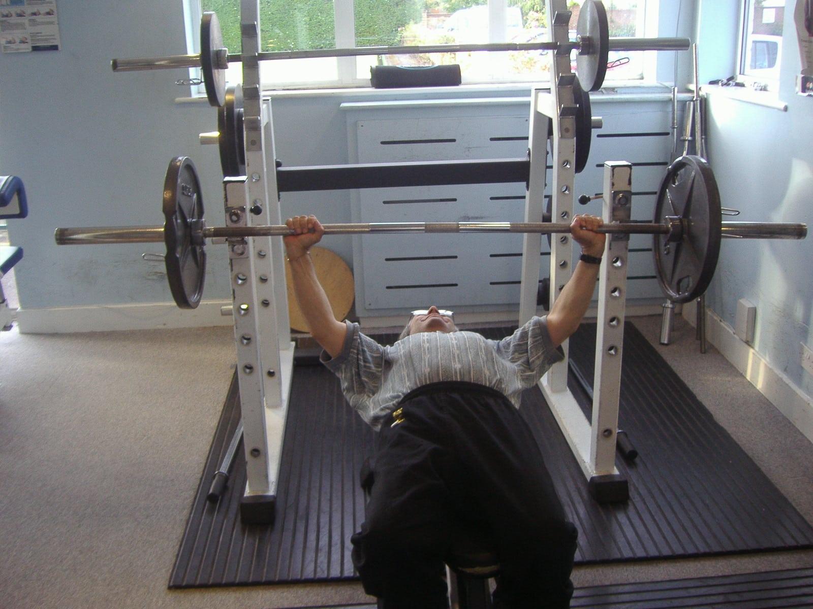 Gimnasia en casa ejercicios en casa - Casa con gimnasio ...