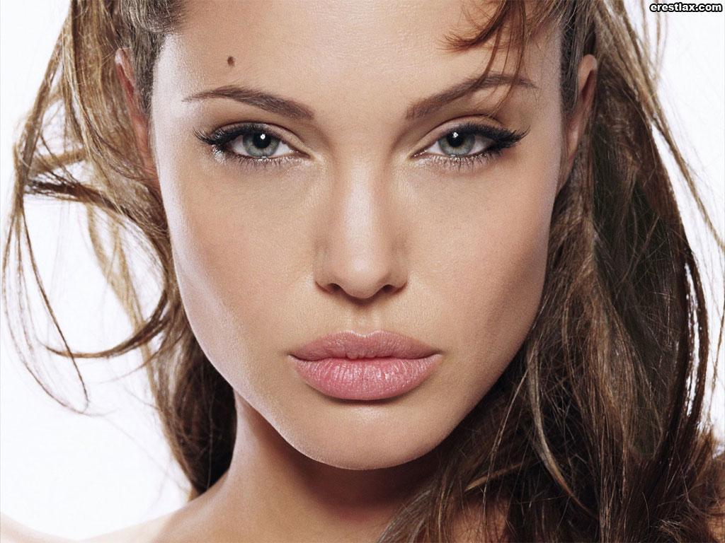 ===La mujer, un bello rostro...=== Angelina_jolie-maquillar-peinar