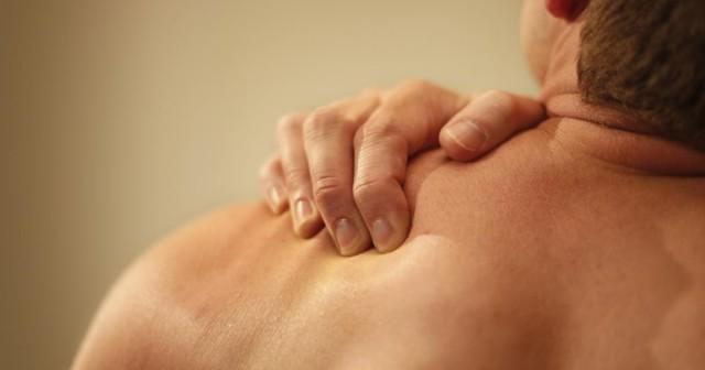 dolor de hombros