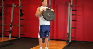 curl de bíceps invertido con disco