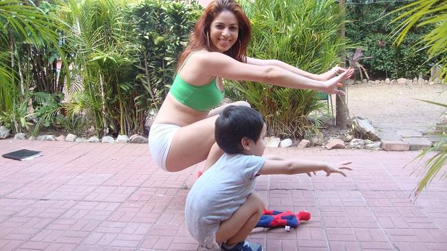 4 ejercicios para ponerse en forma ejercicios en casa - Ponerse en forma en casa ...