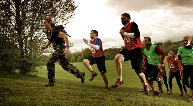 Entrenamiento militar con peso corporal