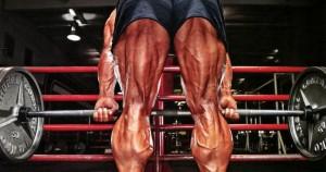 peso muerto con las piernas rectas