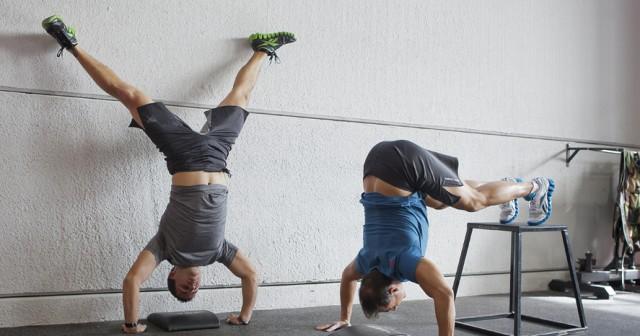 Entrenamiento para adelgazar en casa ejercicios en casa for Entrenamiento para adelgazar