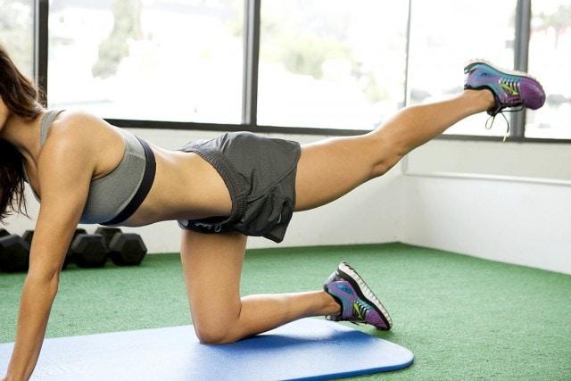 rutina para fortalecer las piernas en casa